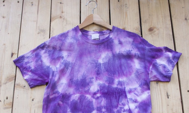 Can You Tie Dye Colored Shirts