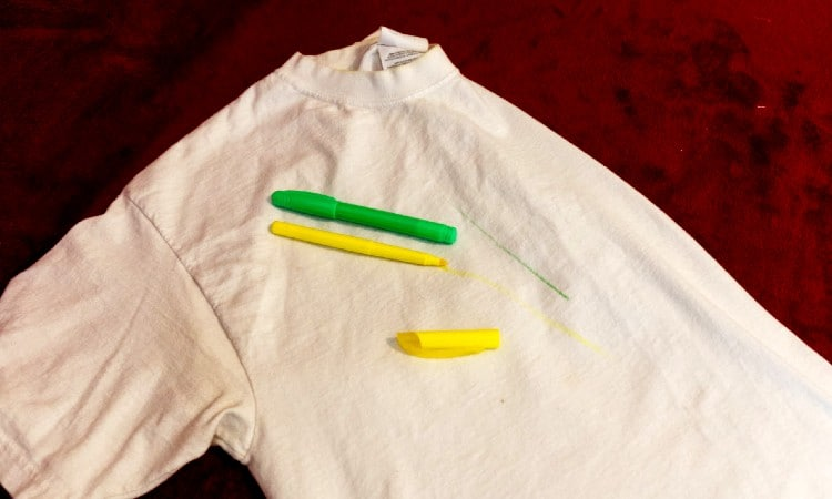 How To Get Highlighter Out Of Clothes