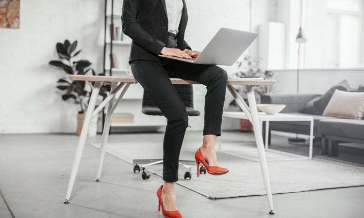 How To Style Leggings for Work