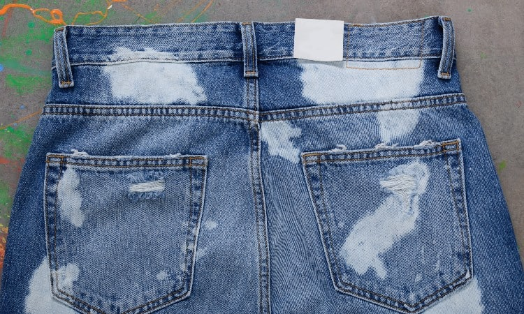 How to Bleach Denim Jeans and Jacket