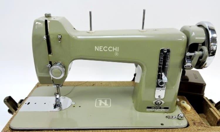 Necchi BF Mira