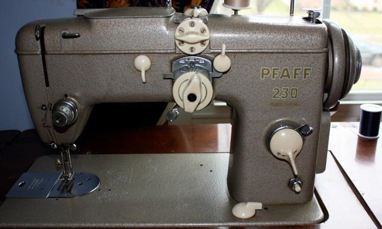 Old school sewing machine