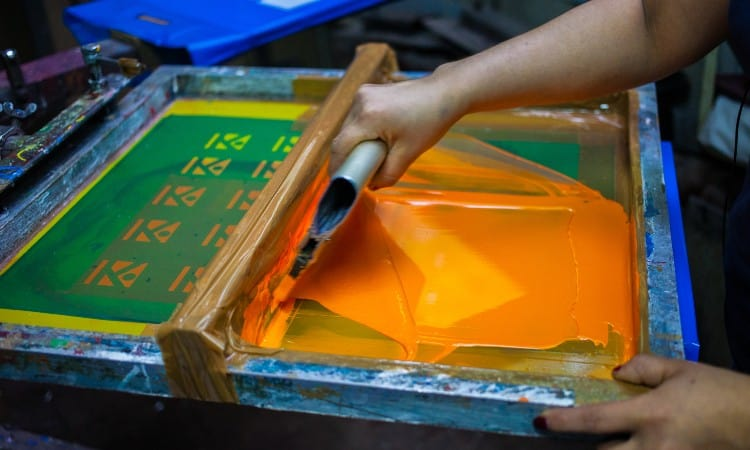 Printing on polyester fabric