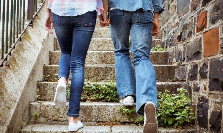 Skinny vs slim jeans