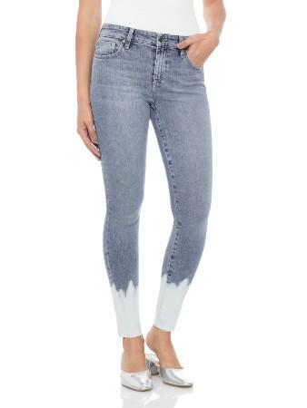 Will hydrogen peroxide bleach jeans